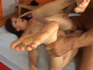 Housewife Gets Her Hairy Cunt Drilled After Giving A Footjob