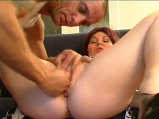 Chubby Housewife Gets Her Pussy Fucked Hard And Toyed